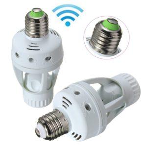 Sensor E27 light bulb socket adapter