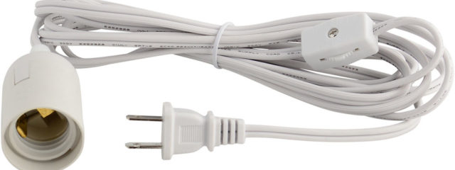 light bulb socket with cord and plug